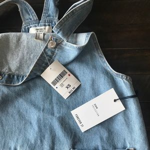 NWT OVERALL DENIM DRESS WITh EMBROIDERY